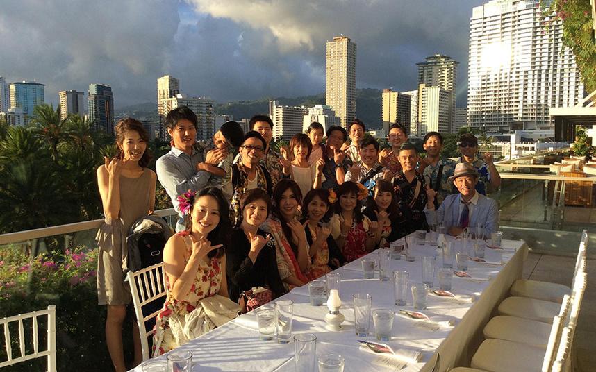 創業20周年記念で社員と家族と共にハワイへ慰安旅行に行きました